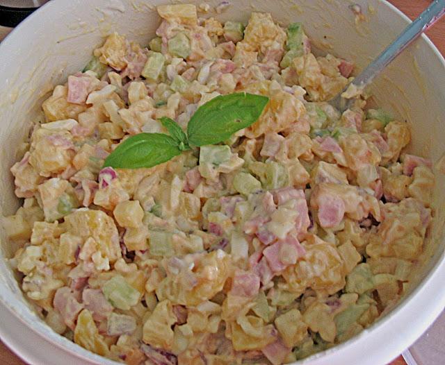 7 Tassen Salat