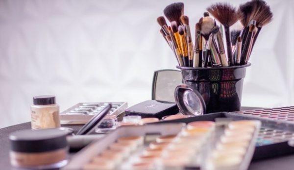 Anti-Aging-Make-up: So verjüngen Sie sich mit wenig Make-up
